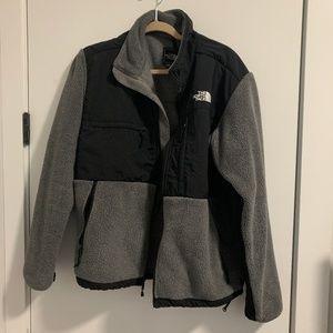 Gray North Face Fleece Jacket Size M